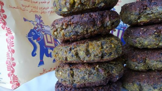 mąka z ciecierzycy zastępuje mięso w diecie wegetariańskiej